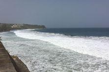 L'état de la mer au Lorrain, dans le nord atlantique de Martinique