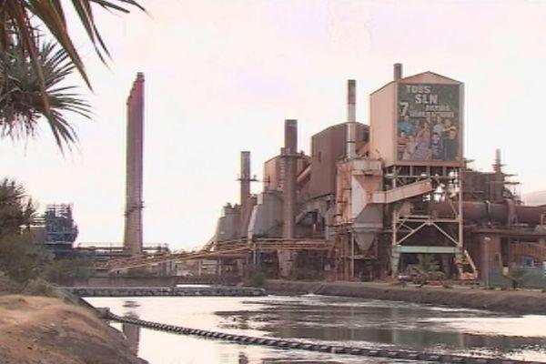 SLN : cheminée et usine
