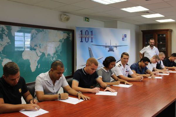 20171117 Signatures sous-officiers