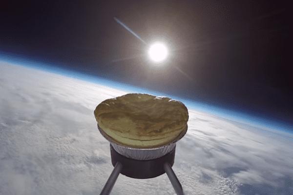 Une tarte dans l'espace