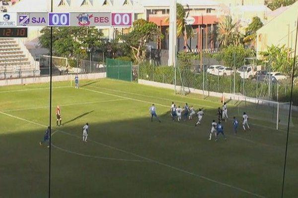 Football 7eme tour Coupe de France coup de pied arrêté but Besançon 102ème minute 181118