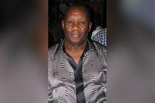 Isnard Douby, chanteur de la formation System Band est mort dans un hôpital en Floride (USA). Diabétique, le maestro a été infecté par la covid-19.