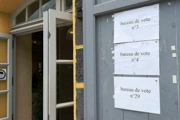 Législative partielle 7eme circonscription bureaux vote Saint-Leu 300918