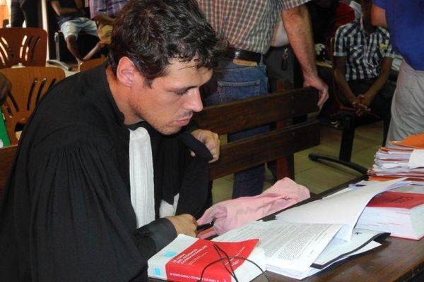 Maître Simon, avocat commis d'office de Mathias Belmer