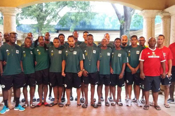 Les Yana Dòkò à leur hôtel de Petionville