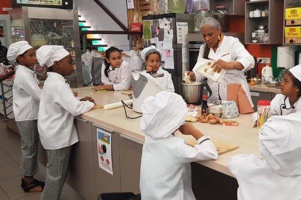 """Atelier culinaire """"bio"""" au marché de Cayenne"""