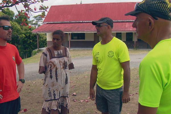 Les instigateurs du trail SNSM de Saint-Louis : Frederic, Karl et Laurent avec une maman de Saint-Louis