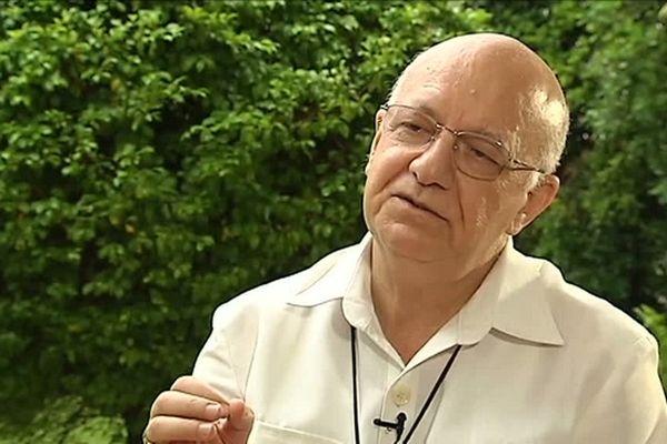 Monseigneur Gilbert Aubry, Evêque de La Réunion