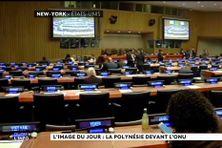 Hémicycle de l'ONU à New York, des représentants polynésiens participent à la séance