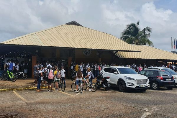 Collège Dédé
