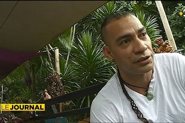 Kahiki Tehaamatai, de Rarotonga à Tahiti