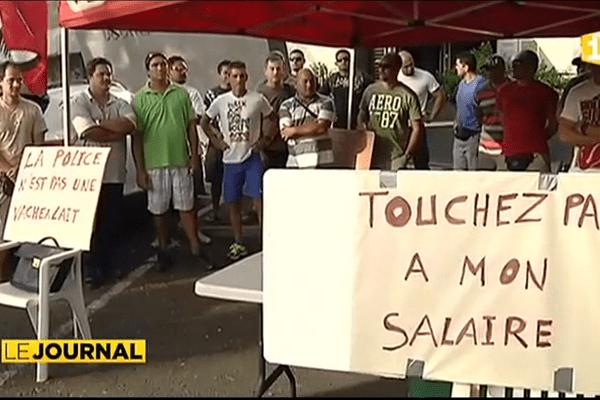 Manifestation policière devant le Haut Commissariat