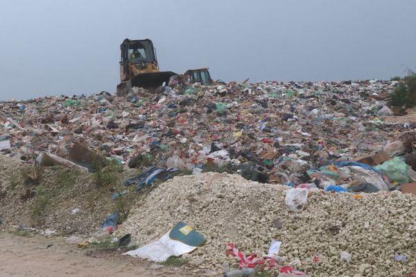 Lifou : centre d'enfouissement des déchets