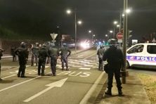 Violences au quartier Sainte-Thérèse à Fort-de-France, en plein couvre-feu (le 31 juillet 2021).