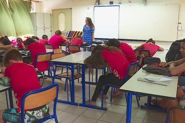 Des cours de relaxation pour remotiver les élèves