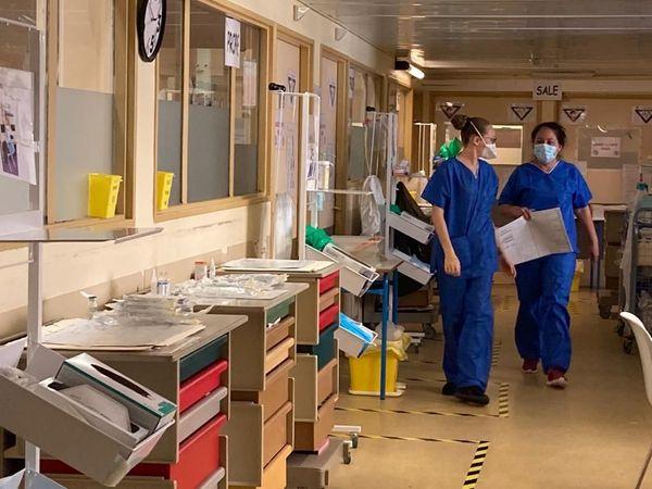 2 soignantes de la réa Covid du CHC