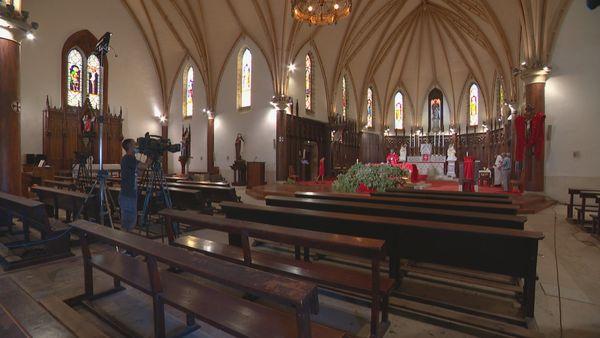 Messe des Rameaux confinement  cathédrale de Nouméa
