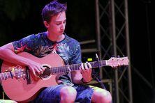 Julian, candidat #4 au concours du Guitare club 2019