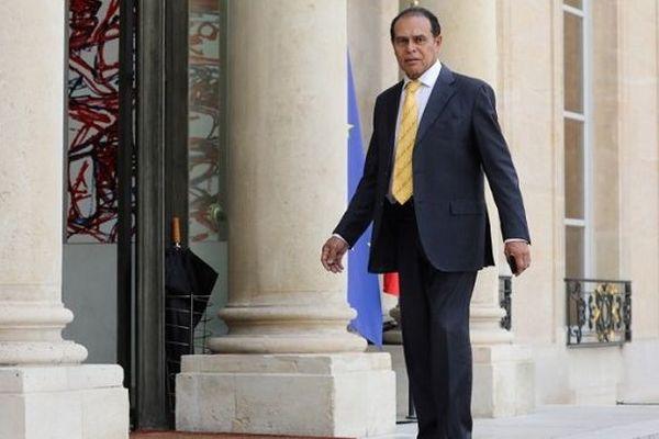 Pots de vin en Guyane: l'ex-ministre Léon Bertrand définitivement condamné