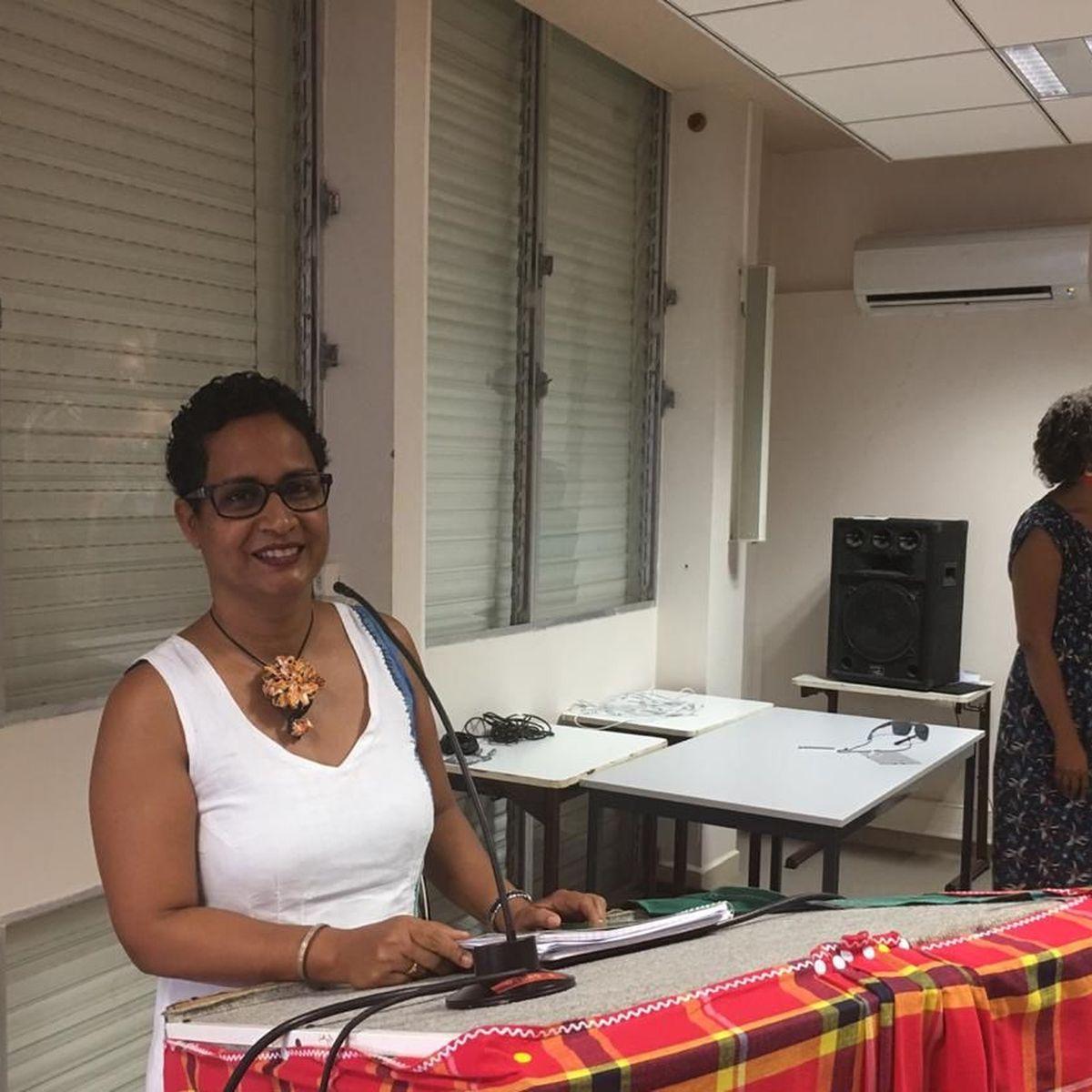 Nathalie Minatchy soutient brillamment sa thèse de doctorat