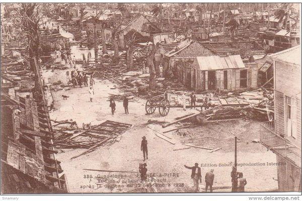 Pointe-à-Pitre après le cyclone de 28