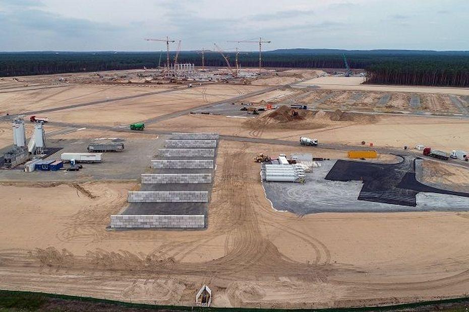 Goro: Tesla sur la piste du nickel et du cobalt calédonien pour son usine de Berlin - Nouvelle-Calédonie la 1ère
