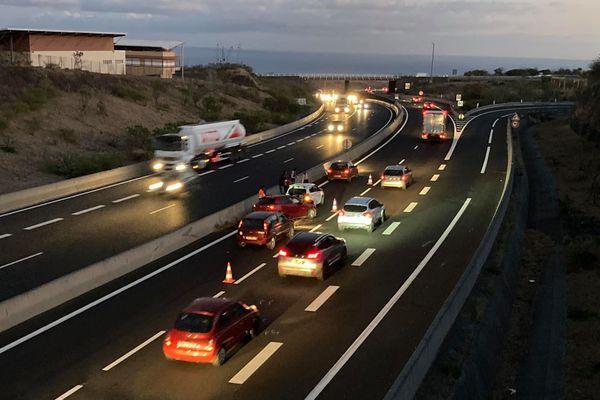 Un accident s'est produit ce lundi 14 septembre vers 5h30 du matin sur la route des Tamarins
