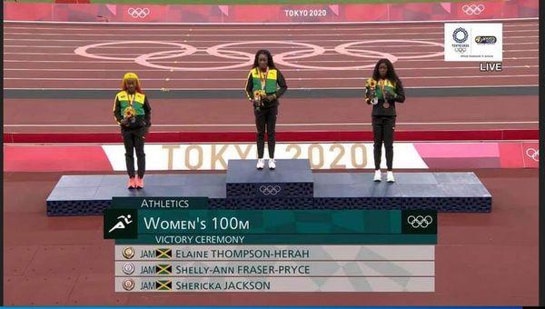 Jamaïque Tokyo Jeux Olympiques médaille 100m feminin