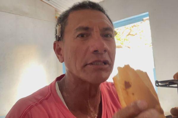 A Manihi, les baguettes de Fernand partent évidemment comme des petits pains