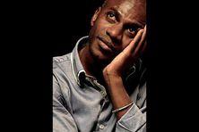 Nassuf DJAILANI écrivain mahorais installé en France métropolitaine sera le deuxième invité d'honneur au Festival des Outremers spécial Mayotte.