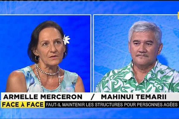 Armelle Merceron, représentante d'Atia Porinetia à l'Assemblée et Mahinui Temarii du syndicat CSTP FO débattent des structures d'accueil des personnes du troisième âge.