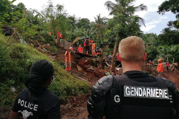 200 cases insalubres sont à détruire d'ici mercredi à Koungou