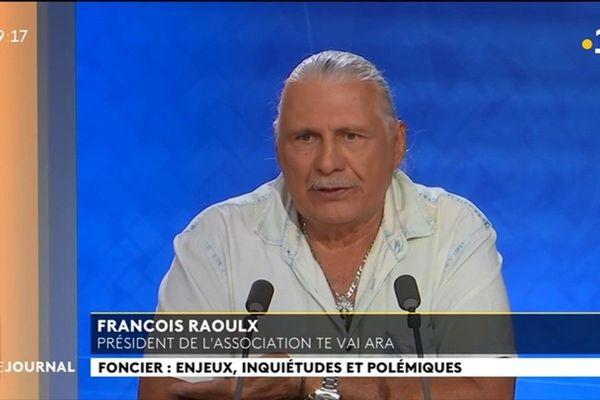 François Raoulx : « 30% des terres sont dans l'escarcelle du gouvernement »