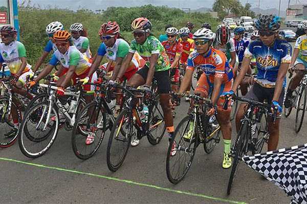 Cyclisme féminin : départ de la course