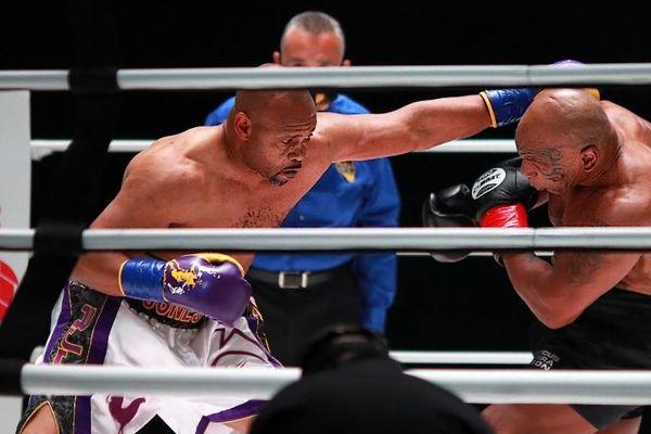 Mike Tyson vs Roy Jones Jr : match nul