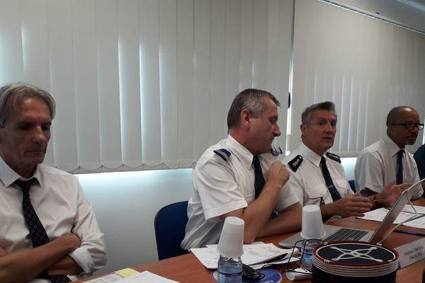 Conférence de presse de Philippe Richard directeur des douanes