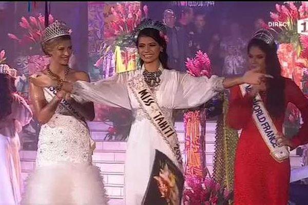 Vaimiti Teiefitu est sacrée Miss Tahiti 2015