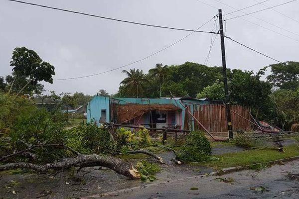 Maison détruite Qanono Lifou version 3 (10 avril 2017)