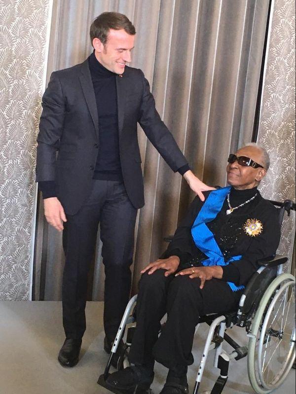 Emmanuel Macron en compagnie de Maryse Condé