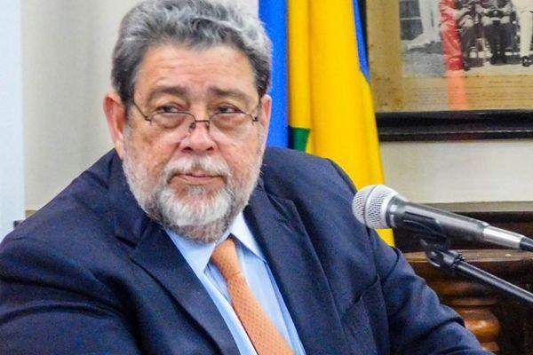 Ralph Gonsalves, Premier ministre Saint-Vincent et les Grenadines