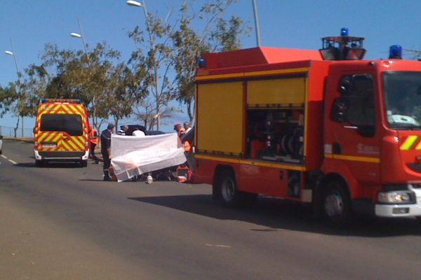 Accident de moto à Saint-Leu. Le motard en arrêt cardiaque et respiratoire...