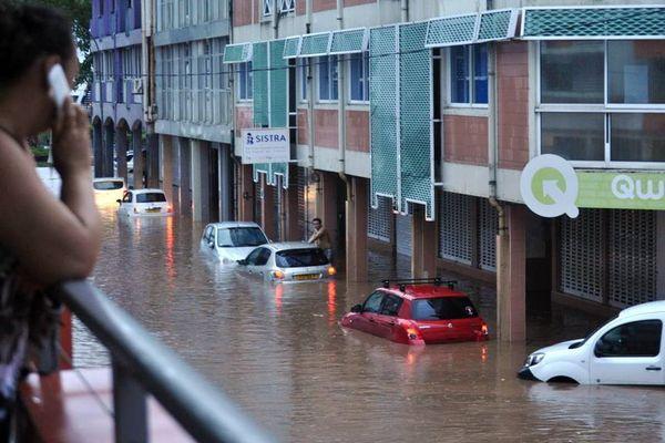 Inondations et éboulements sur Tahiti