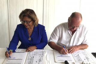 Signature du partenariat pour le Casino à Cayenne