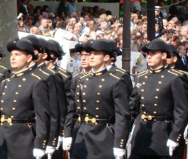 Polytechnicien, Jean a défilé en 2007 sur les Champs – Elysées