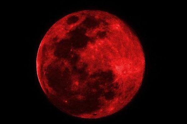 A cause d'une éclipse, la Lune va virer au rouge