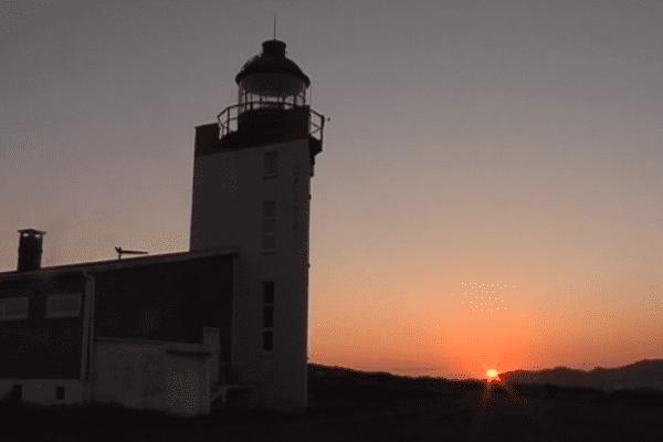 Des phares et l'archipel : des monuments classés