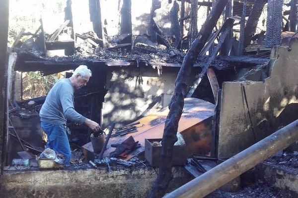 Photo DR famille Grandin de la Sellerie Grandin 7e km incendiée mai 2017 (422455)