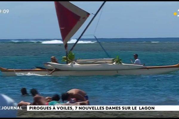 De pirogues à voiles baptisées dans la tradition polynésienne