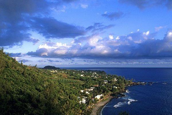 Abela, tempête tropicale hors saison au large de La Réunion