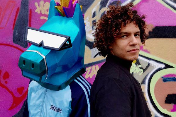Poney X, un duo électro-dance en lice pour représenter la France à l'Eurovision
